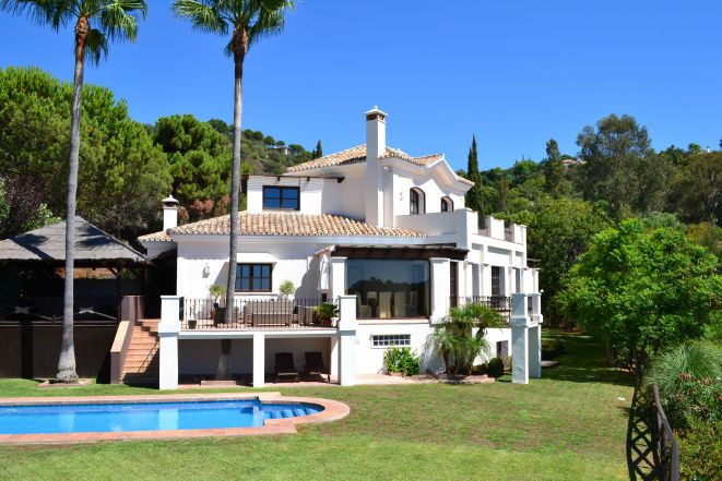 Villa for sale in La Zagaleta