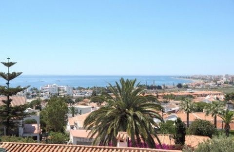 Villa for sale in Caleta de Vélez