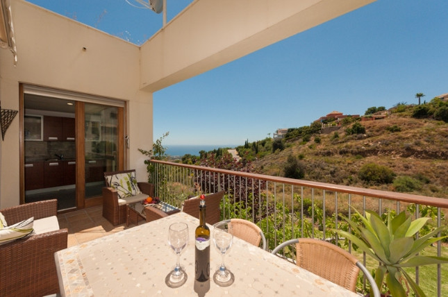 Apartment - real estate in Los Monteros