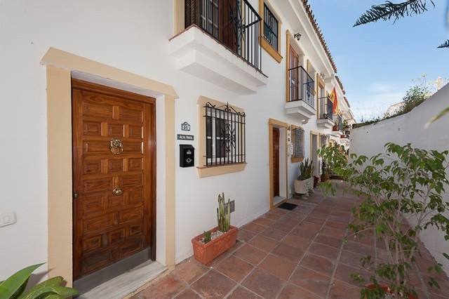 Townhouse - real estate in Benalmadena Pueblo