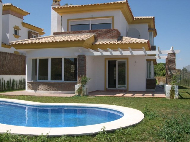 Villa - real estate in La Cala