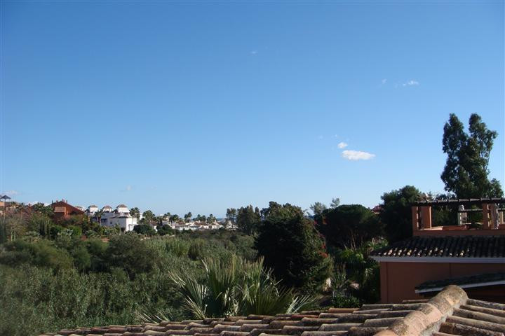 Detached house - real estate in Los Monteros