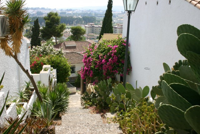 Townhouse for sale in Nueva Andalucia