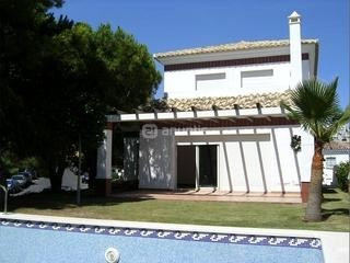 Villa for sale in Riviera del Sol