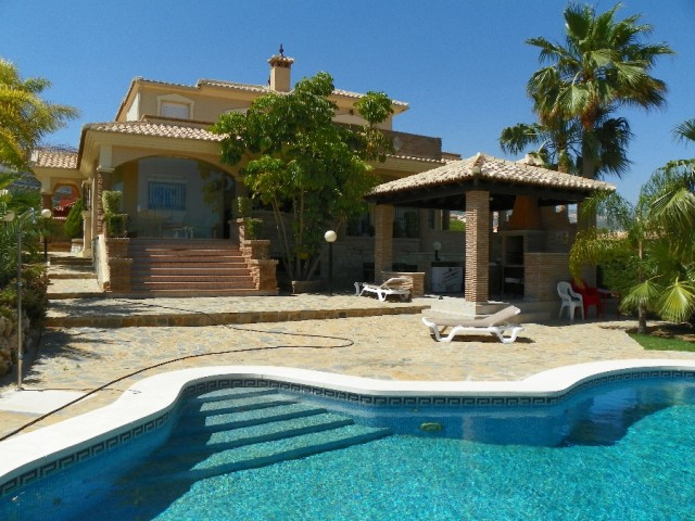 Villa for sale in Benalmadena Costa