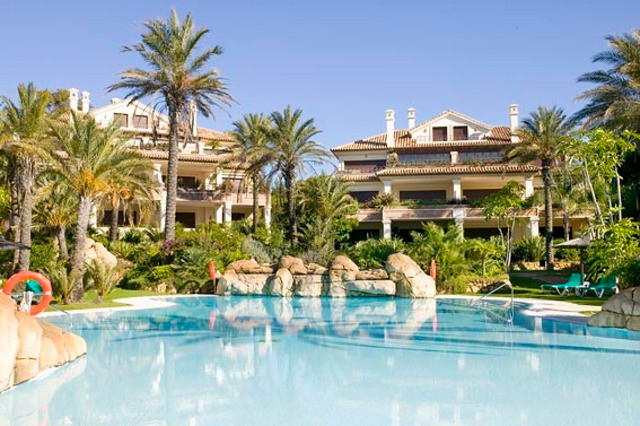 Apartment for sale in Los Monteros