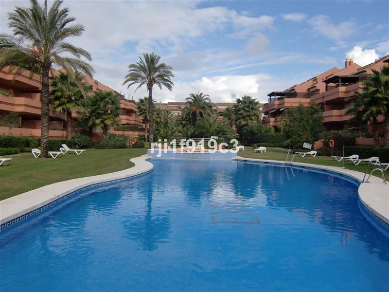 Apartment - real estate in Puerto Banus