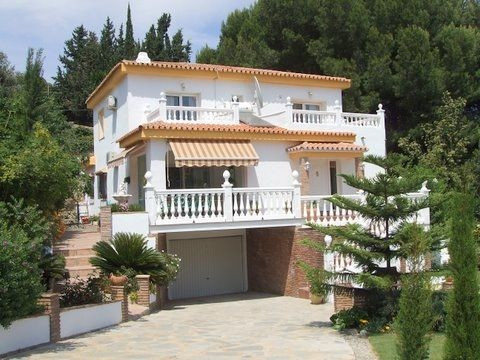 Luxury villa - real estate in Benalmadena Costa