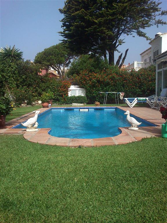 Villa - real estate in Las Chapas