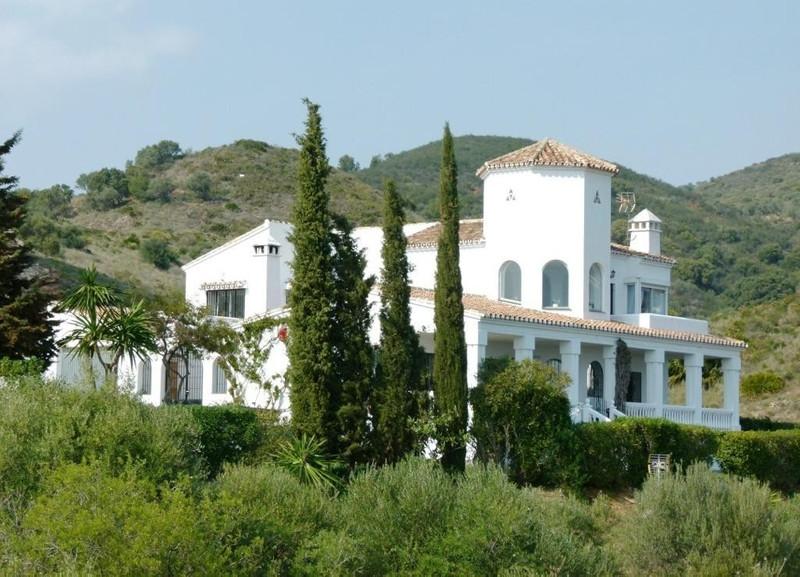 Villa – Chalet a la venta en Mijas – R2188397
