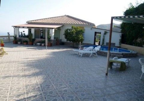 Villa - real estate in Torrox