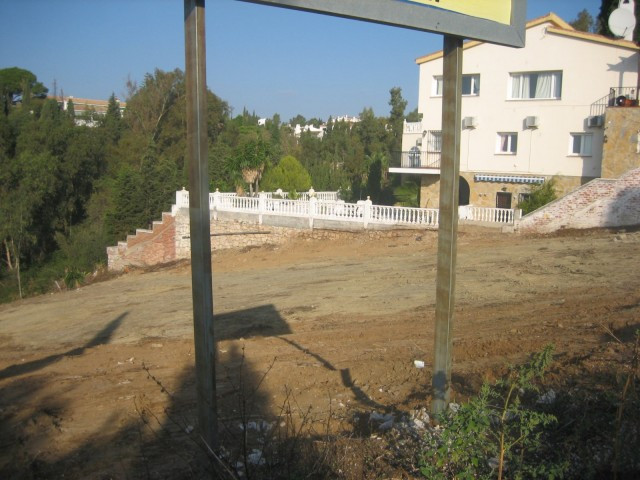 Plot for sale in Campomijas