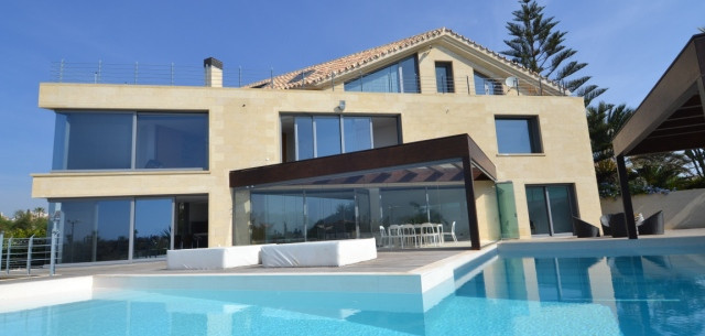 Chalet - real estate in Los Monteros