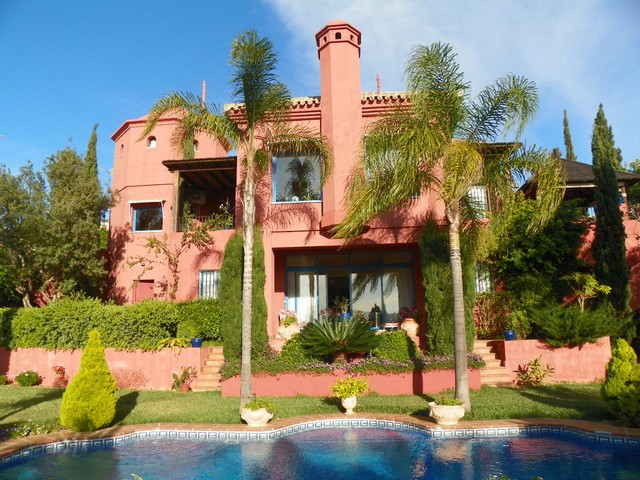 Holiday Villa for sale in Benalmadena Costa