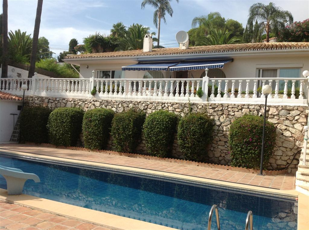 Detached house for sale in Benalmadena Costa