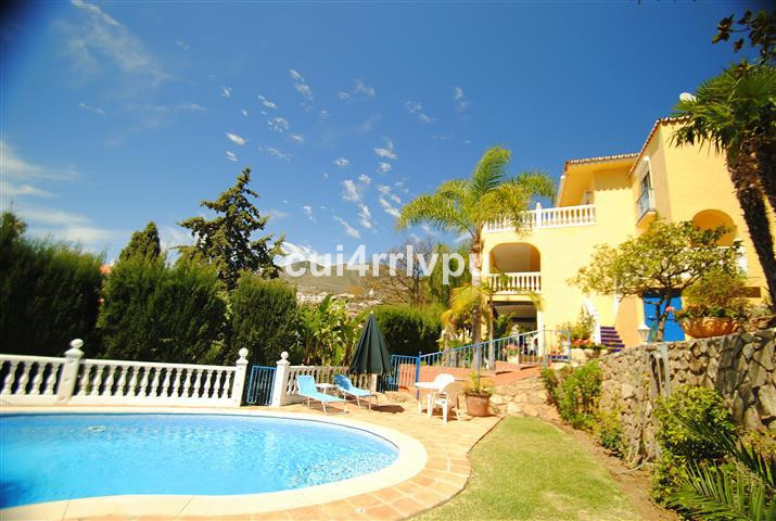 Free hold for sale in Benalmadena Costa