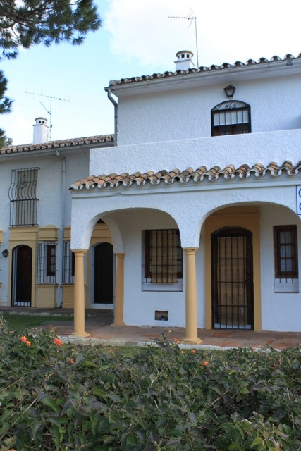 Townhouse for sale in Elviria
