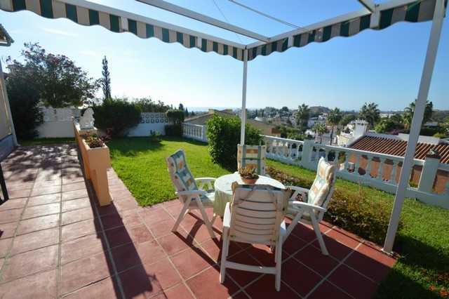Villa for sale in Arroyo de la Miel