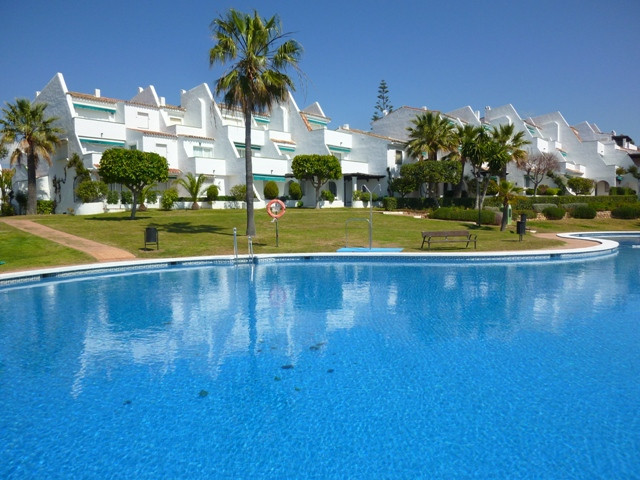 Apartment - real estate in Las Chapas