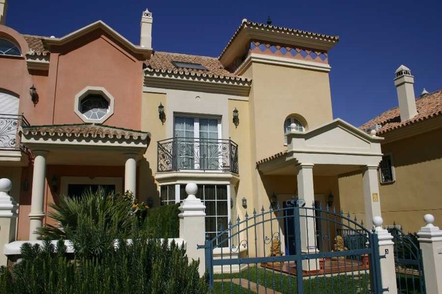 Townhouse - real estate in Benalmadena Costa