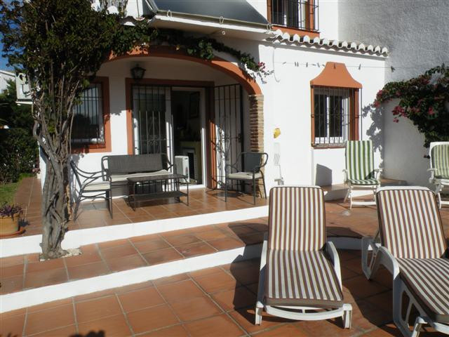 Townhouse - real estate in Calahonda