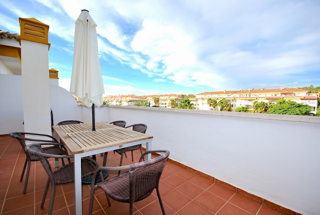 Apartment - real estate in Nueva Andalucia