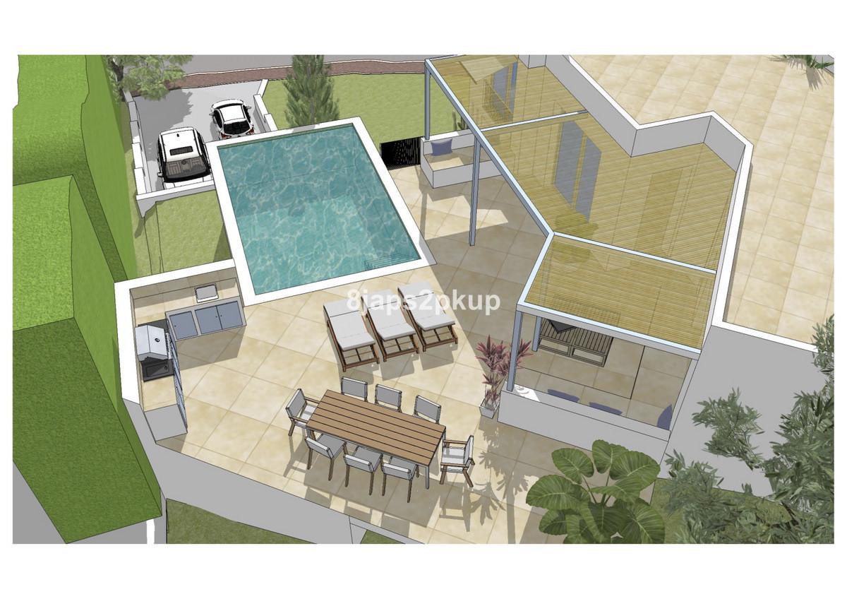 R3686678   Residential Plot in Estepona – € 126,000