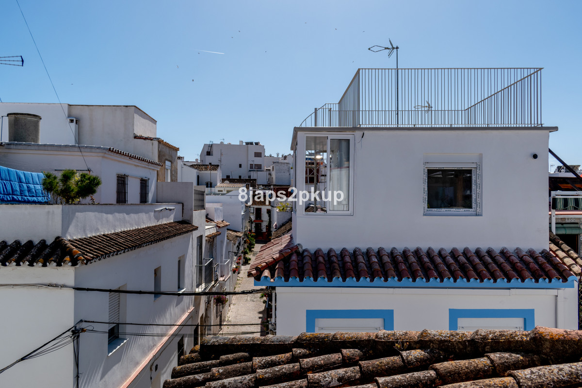 R3626471 | Townhouse in Estepona – € 122,000 – 1 beds, 1 baths