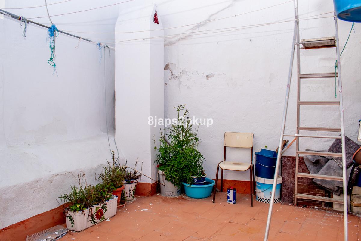 Дом - Estepona - R3602702 - mibgroup.es