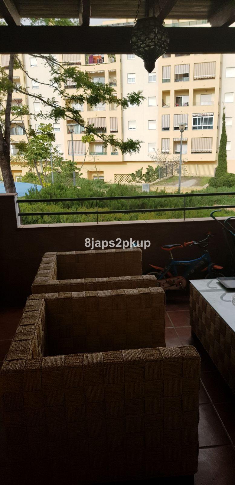 Adosada en venta en Estepona – R3187219