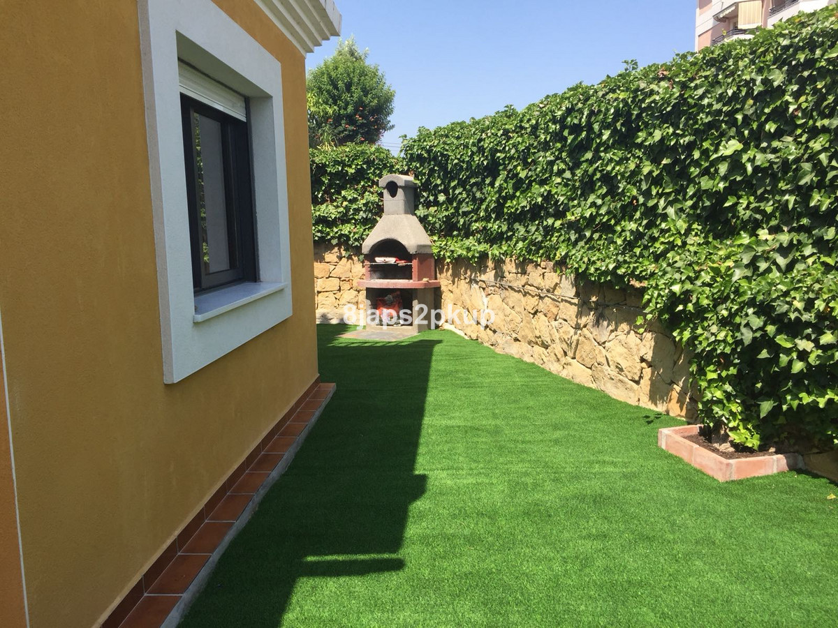 Villa con 3 Dormitorios en Venta San Luis de Sabinillas