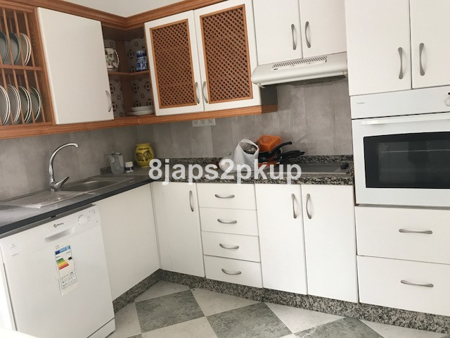 Apartamento Planta Baja en venta en Estepona – R3300562