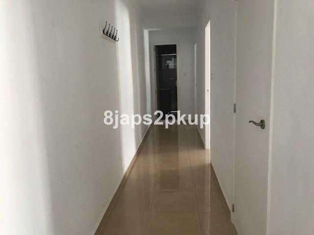 R3188335   Top Floor Apartment in Estepona – € 114,900 – 2 beds, 2 baths