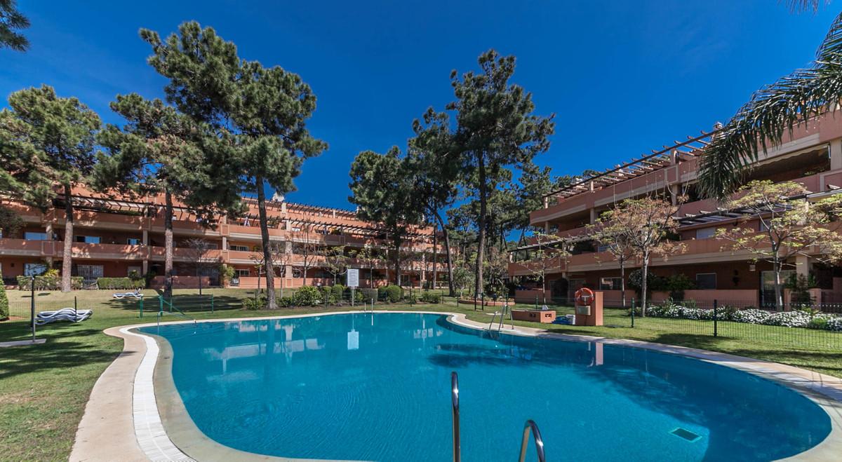 Marbella Banus Apartamento en Venta en Elviria – R3804853