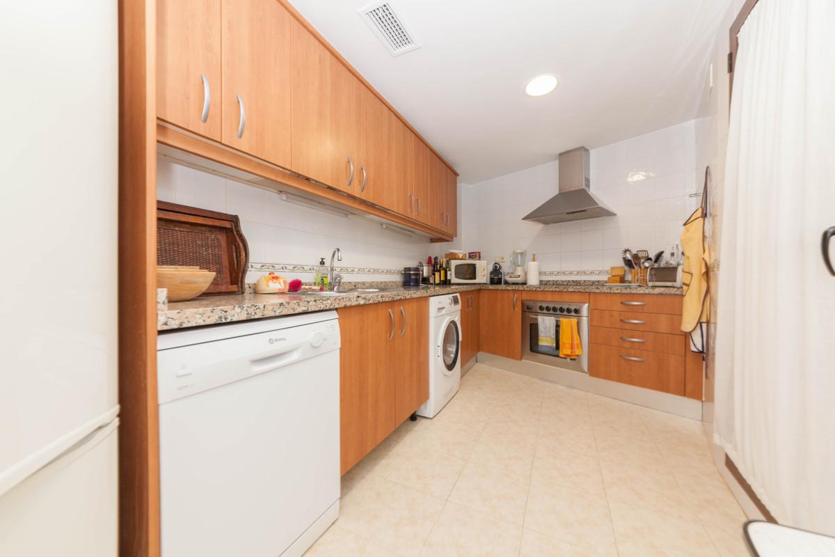 Apartamento Planta Baja en Venta en Costalita – R3313678