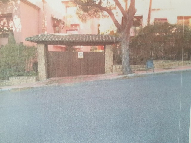 Long Term Rental - Garage - Elviria - 4 - mibgroup.es
