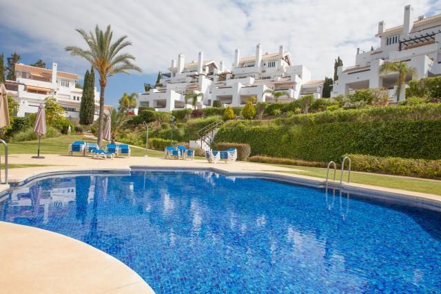 Exceptional garden apartment situated in the prestigious Los Monteros Palm Beach complex which is lo,Spain