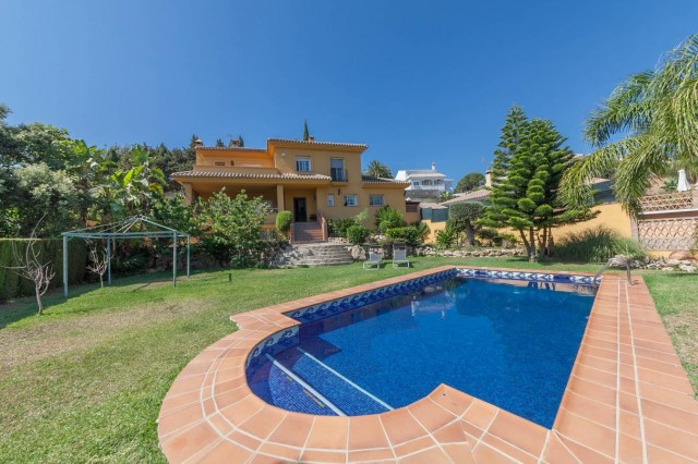 Elviria, Marbella - Super family detached villa situated in an established residential location with,Spain