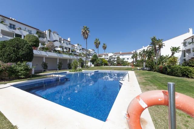 Marbella Banus Apartamento Planta Baja en venta en Bel Air – R3217972