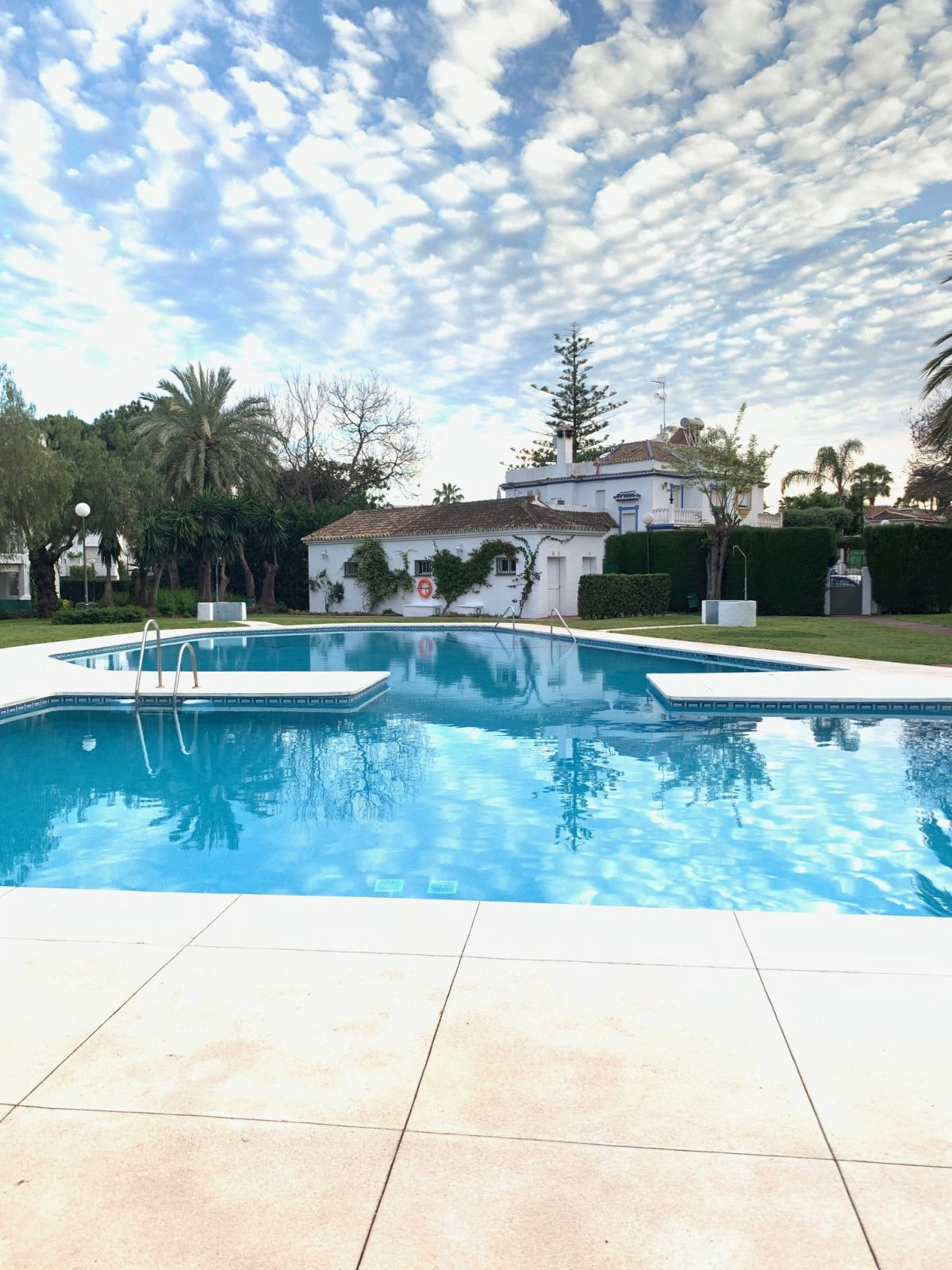 Middle Floor Apartment for sale in Cancelada R2881958