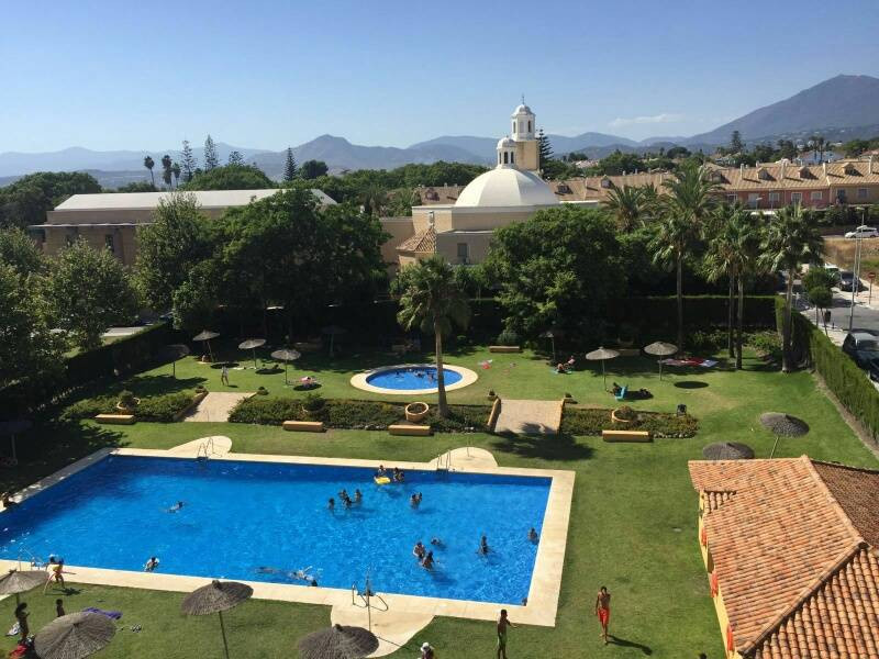 Fantastic fully furnished 4 bedrooms, 2.5 bathrooms apartment in excellent conditions, located next ,Spain