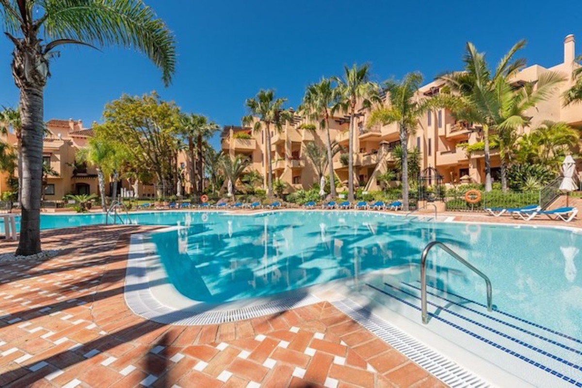 We are delighted to be able to offer for sale this wonderful ground floor apartment in great develop,Spain