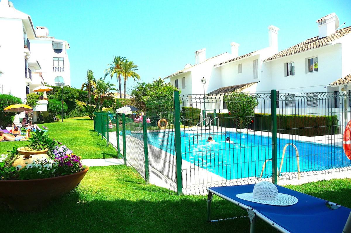 R2948867: Apartment for sale in Riviera del Sol