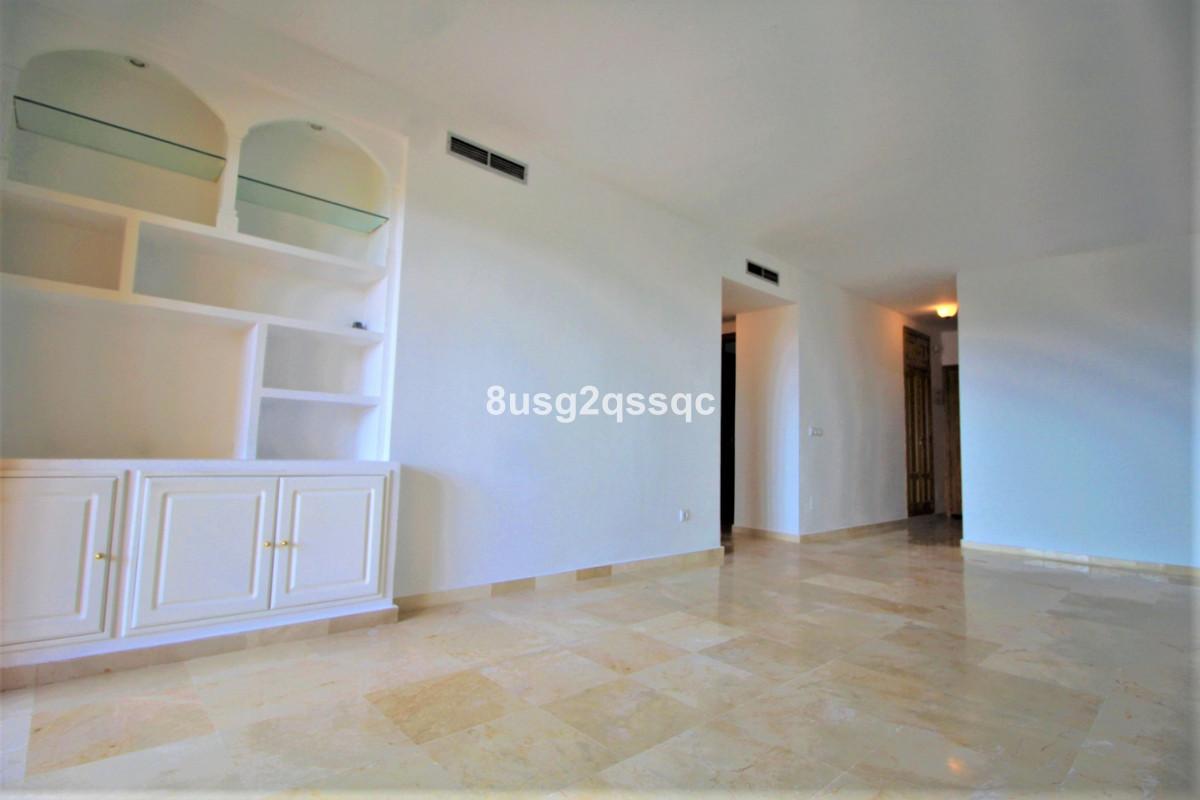 Apartamento en Venta en Selwo – R3606560