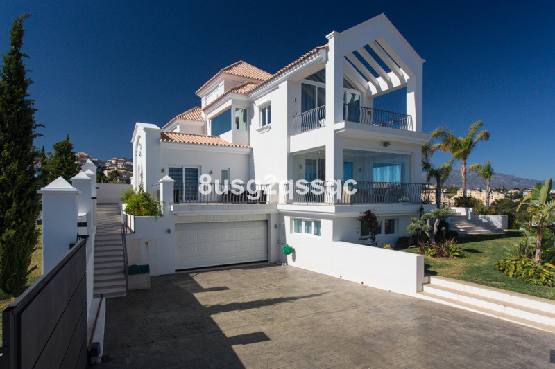 Villa for sale in Los Flamingos