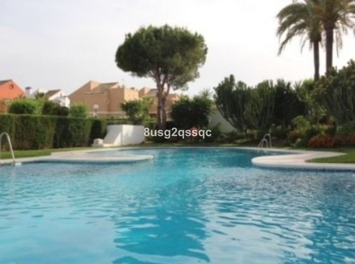 4 Bedroom Townhouse for sale Costalita