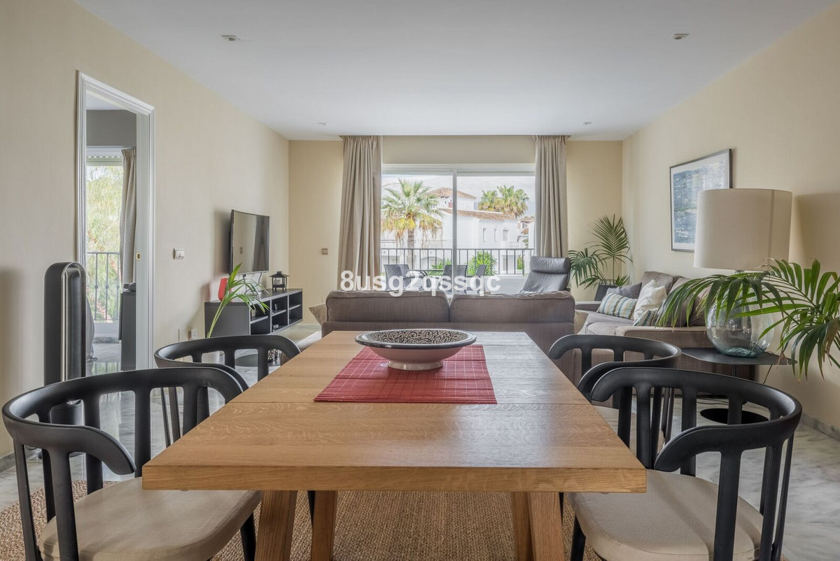 Penthouse in New Golden Mile R2986148
