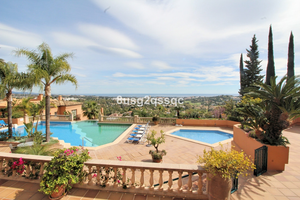 Beautiful 5 bedroom ground floor apartment in los Belvederes, with panoramic views of the sea and mo,Spain