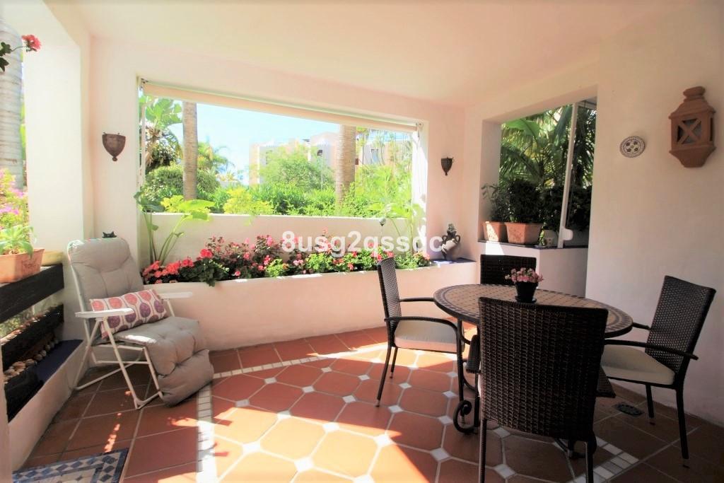 Marbella Banus Apartamento en Venta en Costalita – R3193651