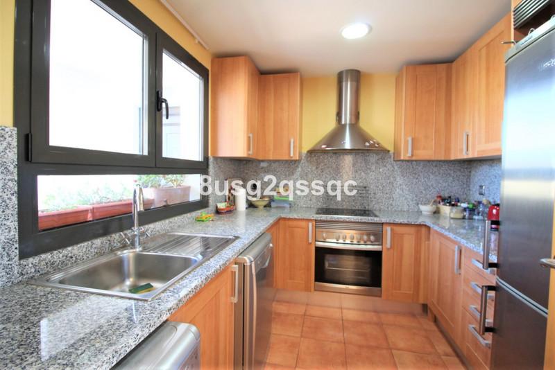 Ático en venta en Selwo – R3541885